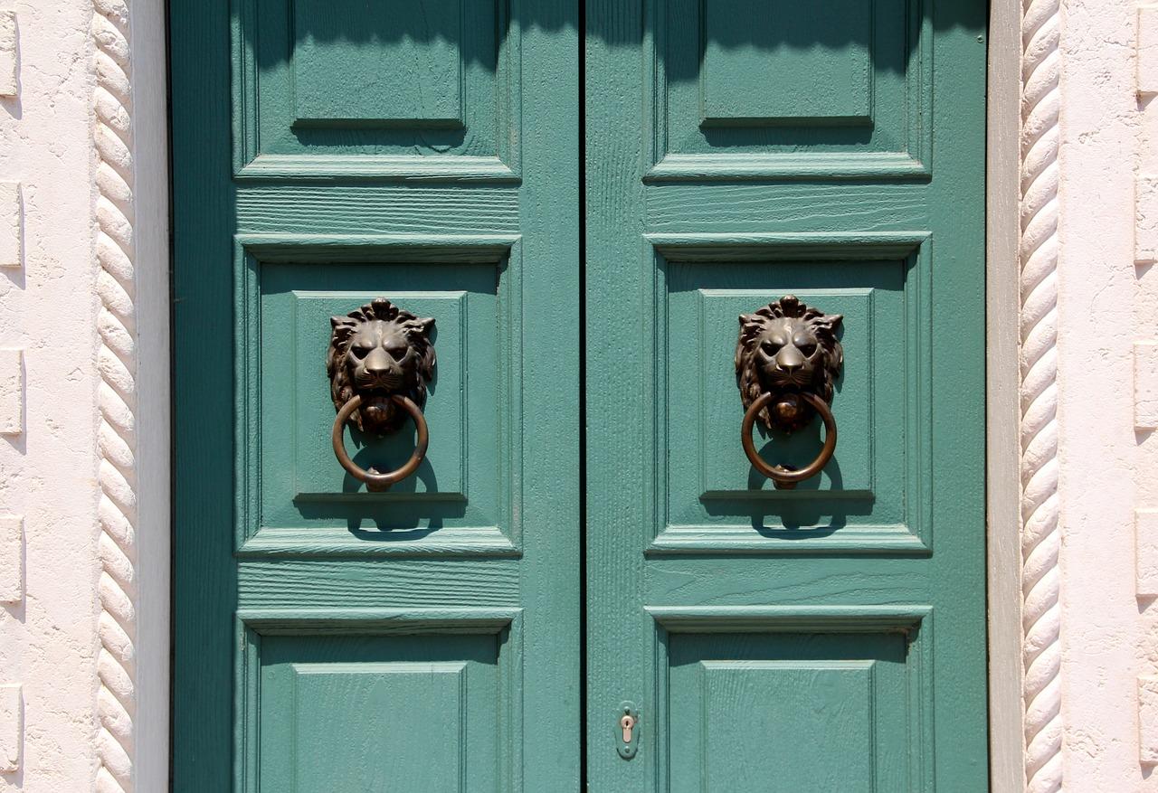 Quelques astuces pour bien choisir une porte à bon prix